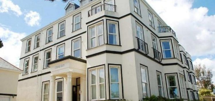 Imperial Court Holiday Apartment, Falmouth