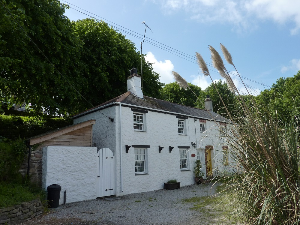 Special offer late deals holidays in Cornwall